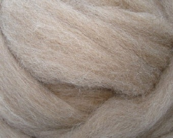 Fawn Shetland Certified Wool Roving 8 oz Alba Ranch Undyed Spinning Wool