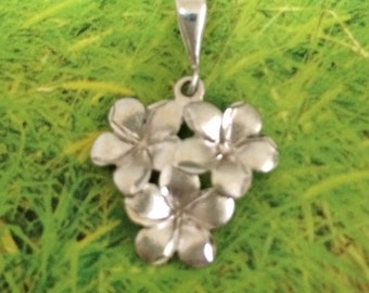 Plumeria Pendant, 14KT White Gold Plumeria Flower Pendant, P5190