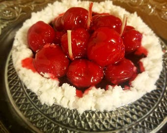 "5"" Cherry Cream pie"