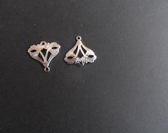 pair of prints-connectors silver art nouveau