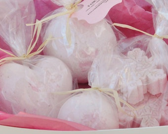 Bath Bomb Gift Sets, Build Your Own, Create Your Own, Christmas gift bombs, Custom bath bomb set, Give the Gift of Assorted Bombs, Gift Box