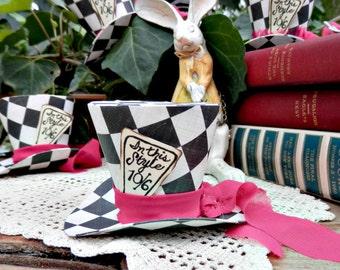 Alice in Wonderland  MAD HATTER Mini Top Hat