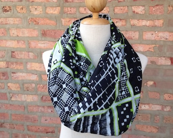 Square and Stripe Print Scarf in Green, Infinity Scarf, Spring Scarf, Women's Scarf