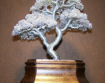 Moyogi (Informal Upright) Wire Tree Sculpture in Bright Silver
