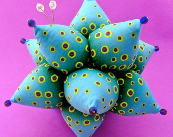 Pincushion Pattern Sea Urchin Tutorial PDF Sea Creature Pincushion Quilter Folded Fabric Kanzashi Vintage Look Sputnik La Todera