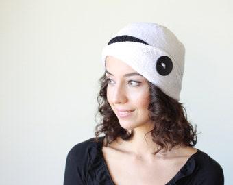 Lucy Hat, White beanie hat, White knit hat, White women hat, White women beanie, White knit beanie, White wool hat, White wool beanie