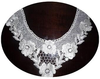 Collar lace white flower applique