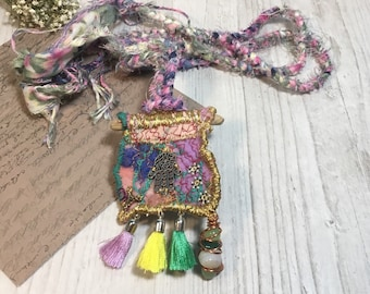 Hamsa necklace - Hamsa hand necklace - Hamsa hand pendant - Hamsa hand jewellery - Hamsa hand - Funky necklace - Tassle necklace