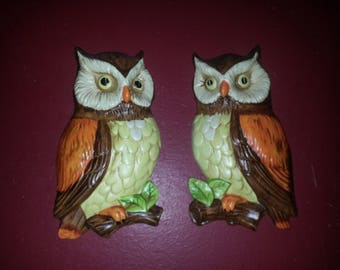 Mid Century OWLS wall plaques hangings Porcelain hangings hand painted LEFTON woodland animals art collectibles kitsch 1970s - ex condition