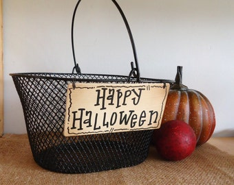 Halloween decor, black wire basket with handle, trick or treat, centerpiece, office decor, farmhouse, country primitive, storage