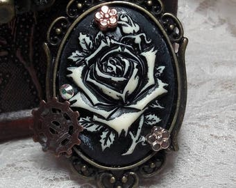 Steampunk Necklace, Steampunk Rose Necklace, Fairytale, Beauty, Nightfall Forest