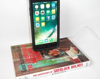 IPhone 5/6/7  Charging Dock Station - Sherlock Holmes Book IPhone Docking Charger - Mobile Accessories