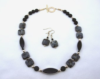 Labadorite, Black and Silver Necklace and Earring Set - S001MFL