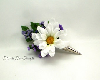 Daisy and Lavender Boutonniere in Silver holder, Groomsmen Flower Pin, White and Purple Mens Lapel Decoration