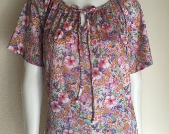 Vintage Women's 70's Blouse, Pastel, Purple, Floral, Polyester, Bell Sleeve (L/XL)
