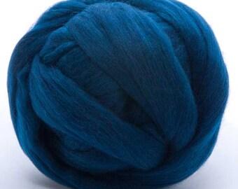 Merino Wool Top - 22.5 micron -Ocean - 4 ounces