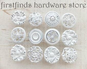 Misfit blanc 12 boutons tire Shabby Chic meubles matériel cuisine tiroirs peint Cottage commode armoire grande DESCRIPTION ci-dessous
