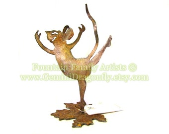 Garden Art Mouse or Nursery Art, Home Decor, Rusty Recycled Metal Eco Friendly Gift