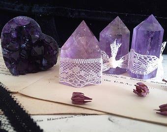 Amethyst crystal points w/ 4 cm