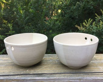 2 Beige and Off White Handmade Pottery Noodle Bowls