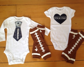 Cowboys baby girl or boy! Baby Bodysuit set for little Dallas Cowboys fan. Cowboys baby girl Cowboys baby boy. Baby shower gift idea.