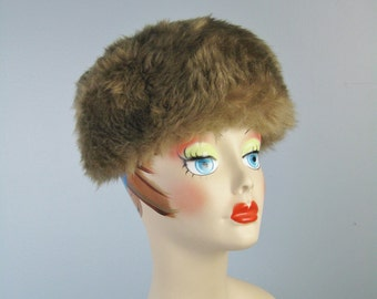Brown Shearling Cap / Vtg 50s / Genuine Shearling Cool Brown Taupe Shearling Hat