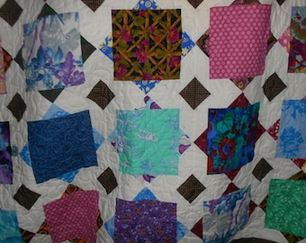 Double Bed Quilt / Full size bed quilt   Scrappy 38