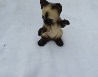 Vintage Porcelain Handpainted Lefton Siamese Kitty Cat Figurine, Japan