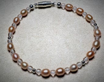Simple and Elegant Pale Pink Pearl Bracelet