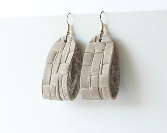 Leather Earrings / Mini Sliced Leather / Woven Gray