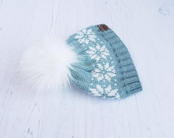 Faux fur pom pom hat-hand knitted baby beanie-snowflake hat-winter baby hat-blue/green pom pom hat-3-6 months beanie-uk seller-READY TO SHIP