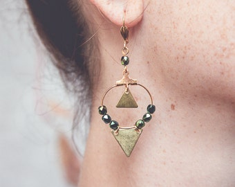 hoops earrings, dark green earrings, triangle earrings, geometric hoops, green and gold earrings