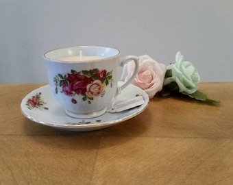Soy wax tea cup candle/saucer. Cappuccino fragrance.Royal Norfolk cup & saucer. Christmas gift. Homemade candle.