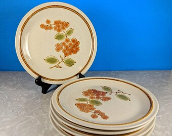 Vintage Set of 5 Sweet Cicely - Grapes and Leaves - Plates - Sunmarc Pantry Collection - Stoneware Japan - SM-6336