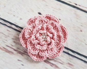 Crochet flower brooch PINK