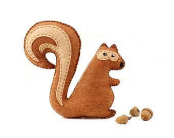 Squirrel Sewing Pattern, Stuffed Squirrel Hand Sewing Pattern, Felt Squirrel Pattern, Easy to Sew Woodland Squirrel Softie, Plush Chipmunk