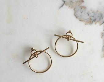 Juro earrings | gold hoop earrings | doorknocker statement earrings