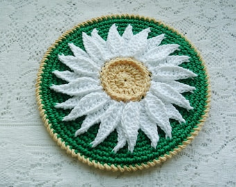 Crochet Potholder - Daisy Hot Pad - Green Pot Holder - Crochet Trivet - Crochet Daisy Potholder
