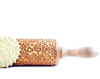 Rolling Pin engraved FLOWERS & HEARTS embossing Rolling Pin Wedding gift birthday gift, mariage gift