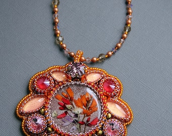 """Pendant made of beads with Swarovski crystals """"Memories of Summer"""""""