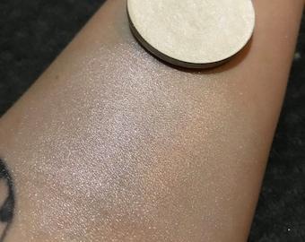 Moon Dust Highlighter