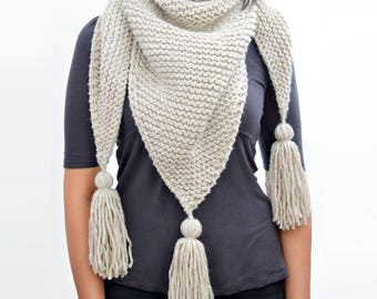 Scarf Knitting Pattern // Triangle Tassel Scarf Pattern, Womens Scarf Pattern, Triangle Scarf, Shawl Pattern, PDF Pattern Knit Scarf Pattern
