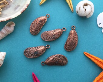 Antique Copper Mussel Shell Charms, 11x27mm, 2pcs / Nunn Designs, Shell Pendants, Nautical, Beach Charms, Sea Shell, Jewelry Supplies