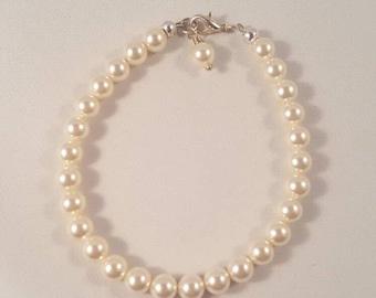Cream Swarovski Pearl Bracelet, Cream bracelet, Gift for her, pearl bracelet, bridal jewelry, bracelet, birthday gift, wedding jewelry
