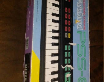 Yamaha PSS portasound pss 80 electronic keyboard, vintage 80s keyboards, piano style keyboards, rare yamaha, unique gifts for music lovers