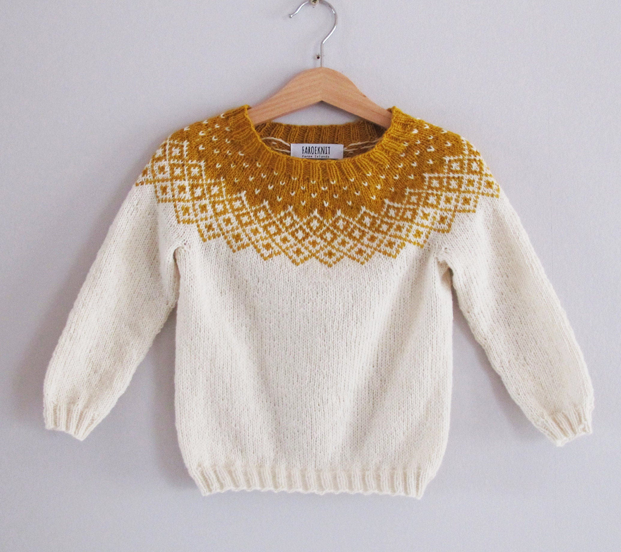 Bohéme Sweater knitting pattern, with a Nordic Fair Isle pattern ...