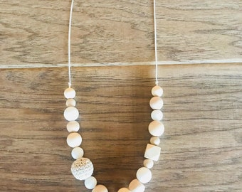 Cream/Neutral Teething Necklace for Mom
