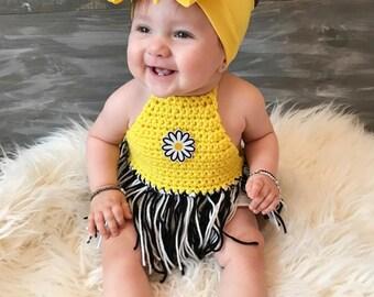 B&W Daisy Patch DANI crochet top