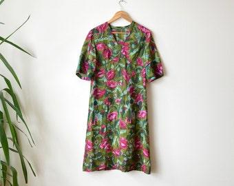 Vintage Floral Print Dress 1970s Short Sleeve Dress Green Pink