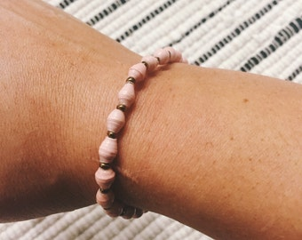 Blush Paper Bead Bracelet (Single Strand)